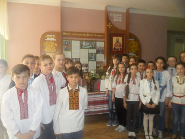 Святий Боско мандрує школами