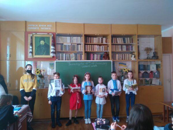 Поезія Лесі Українки однаково дорога і дорослим, і дітям